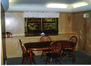 Executive I dining area